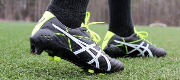A Guide to Finding the Right Soccer Shoe